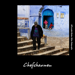 Chefchaouen (Cstor Villar) Tags: voyage travel viaje blue color colour azul person photography photo photographer personas nia mc viajes morocco persons chefchaouen marruecos marroc castor jovenes fotografo berbere marroco fotografa personajes moroc bereber villar fotografos sabucedo chauen personnages  fotografosdeboda clasesdefotografia nikonflickraward cursosdefotografia  mygearandme cstorvillar wwwcastorvillarfotografia fotografosenvigo reportajesdebodaenvigo cursosdefotografiaenvigo clasesdefotografiaenvigo marrocc chauenc villarsabucedocstor castorvillarfotografia marruecospordescubrircom marruecosfotograficoes fotografasocialenvigo wwwcastorvillarfotografiaes
