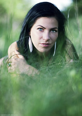 Rita (Zsolt Michalek) Tags: portrait woman green beautiful grass hungary magyarorszg 8518 portr magyarok whitereflector 5d2