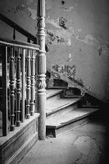 carved balustrade (Tafelzwerk) Tags: white black berlin stairs 35mm nikon schwarz balustrade stufen treppen treppenhaus gelnder schnitzerei weis gerst d7000 tafelzwerk