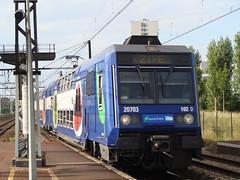 SNCF Transilien 102D 20703-20704 (Will Swain) Tags: paris de maisons main vert le tgv transilien sudest 20704 20703 102d