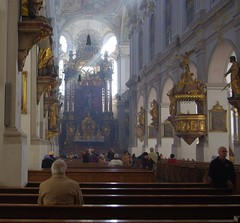 Peterskirche. Munich (Bernard Mowbray) Tags: munich2012