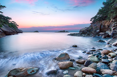 Cove in Akaihama - May 16 (-TommyTsutsui- [nextBlessing]) Tags: longexposure blue light sunset sea sky seascape green beach nature rock japan landscape spring nikon purple dusk magic tide scenic wave shore     islet izu    matsuzaki  sigma1020   onsalegettyimages