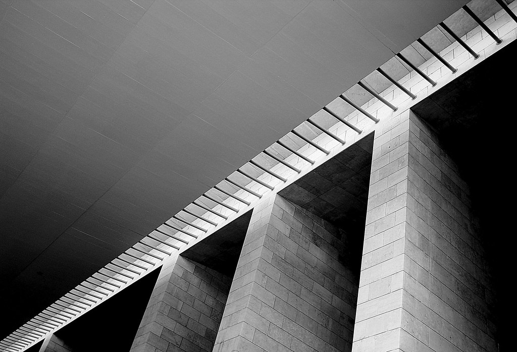 Concrete (misone2000) Tags: Rot Love Architecture Concrete Licht Wand Fliesen  Minimal Diagonal Decke
