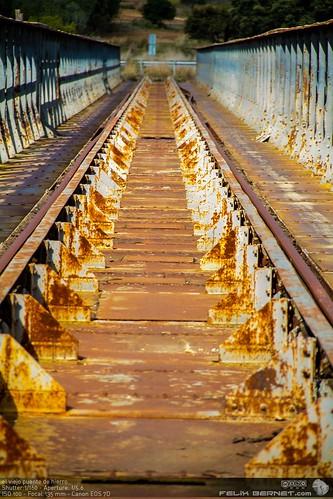 el viejo puente de hierro