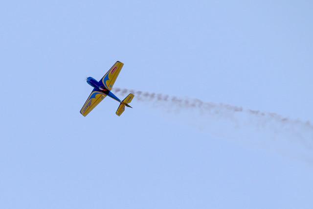 Hangar 9 Inverza 33 with smoke system