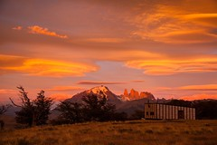 Any given sunrise (eMinte) Tags: chile patagonia del sunrise amanecer torres paine awasi