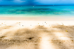 Payne's Bay, Barbados (Instagram @SMSidat737) Tags: holetown saintjames barbados bb paynes bay beach sun holiday vacation tourism tourist caribbean sand sea blue ocean sunny tropical nikon d7100
