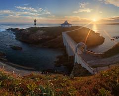 Spain: Galicia (alexxdarkside) Tags: ocean lighthouse sunrise de faro spain espana galicia pancha illa biscay