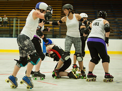 IMG_0409 (clay53012) Tags: ice team track flat arena madison skate roller jam derby league jammer mrd bout flat wftda derby womens track hartmeyer moocon2016