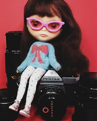 Anouk (in a sweater by @dressingblythe and tights made by me) may think she's  helping me work by posing with some of my 35mm camera gear, but really, she's not  (endangeredsissy) Tags: blythe blythedoll cameragear kennerblythe 365blythe dressingblythe