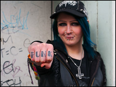 Punk (csh 22) Tags: portrait tattoo 50mm punk glasgow streetportrait punkrock piercings punkgirl nikond90 glasgowstreetphotography glasgowcharacter glasgowstreetportrait