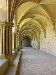 Abbaye de Royaumont (Stef en ballade) Tags: monument saintlouis lorraine iledefrance abbaye valdoise cloitre mausolee royaumont