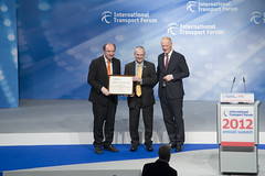 Norman Baker and Peter Hendy receiving the Transport Achievement Award with Michael Kloth