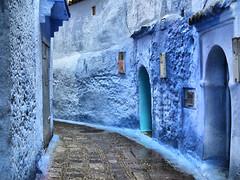 CHAOUEN, MOROCCO (toyaguerrero) Tags: blue azul indigo morocco maroc medina chaouen chefchaouen marruecos catalan guerrero toya ail xauen maravictoriaguerrerocataln toyaguerrero maravictoriaguerrerocatalntrujiillana thecoolschoolblog