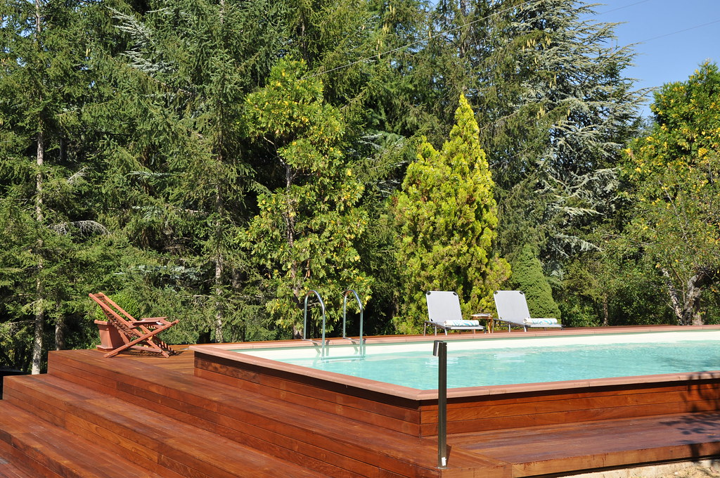The world 39 s best photos of piscine and seminterrata for Piscines laghetto