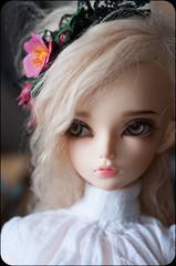 vintage roses (kerrimaknolli) Tags: flowers portrait macro rose photo doll handmade postcard retro jewellery bjd custom portret fairyland fee msd  mnf  minifee  rheia