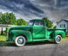 Green Beauty 2 (podolux) Tags: verde green chevrolet truck nikon pickup pickuptruck wv chevy westvirginia charlestown 2012 chevytruck jeffersoncounty photomatix thecolorgreen tonemapped tonemap classicchevy chevypickuptruck d5100 june2012 nikkordx1855vr photomatixformac