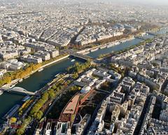 Vue de la Tour Eiffel - Muse du Quai Branly 2 (WhiteFlowersFade) Tags: voyage travel paris france nikon view eiffeltower toureiffel vue d40x
