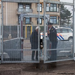 Nuceal Security Summit (NSS) 24/25 - 03 - 2014 Den Haag (JanvanSchijndel) Tags: city travel composition fence top famous police nuclear denhaag security summit info defence