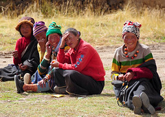 Tibetans are always up for a laugh, Tibet 2013 (reurinkjan) Tags: tibetanwoman 2013 dzachuka བོད་ལྗོངས། ©janreurink tibetanplateauབོད་མཐོ་སྒང་bötogang tibetབོད sershulསེར་ཤུལ།county nomadསོག་ཡུལ་གྱི་འབྲོག་པsokyülgyindrokpa nomadswhoareadeptattamingcattleཕྱུགས་འདུལ་བ་ལ་རབ་ཏུ་མཁས་པའི་འབྲོག་པchundülbalaraptukhepédrokpa khamཁམས།easterntibet ༢༠༡༣ khamཁམས་བོད khamsbodkhamwö nomadsའབྲོག་པ།brog padrokpa individualnoncollectivized nomadsཁེར་རྐྱང་འབྲོག་པkherkyangdrokpa