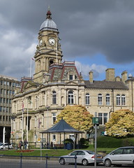 DEWSBURY TOWN HALL (Barrytaxi) Tags: landscape outdoor photoblog photoaday 365