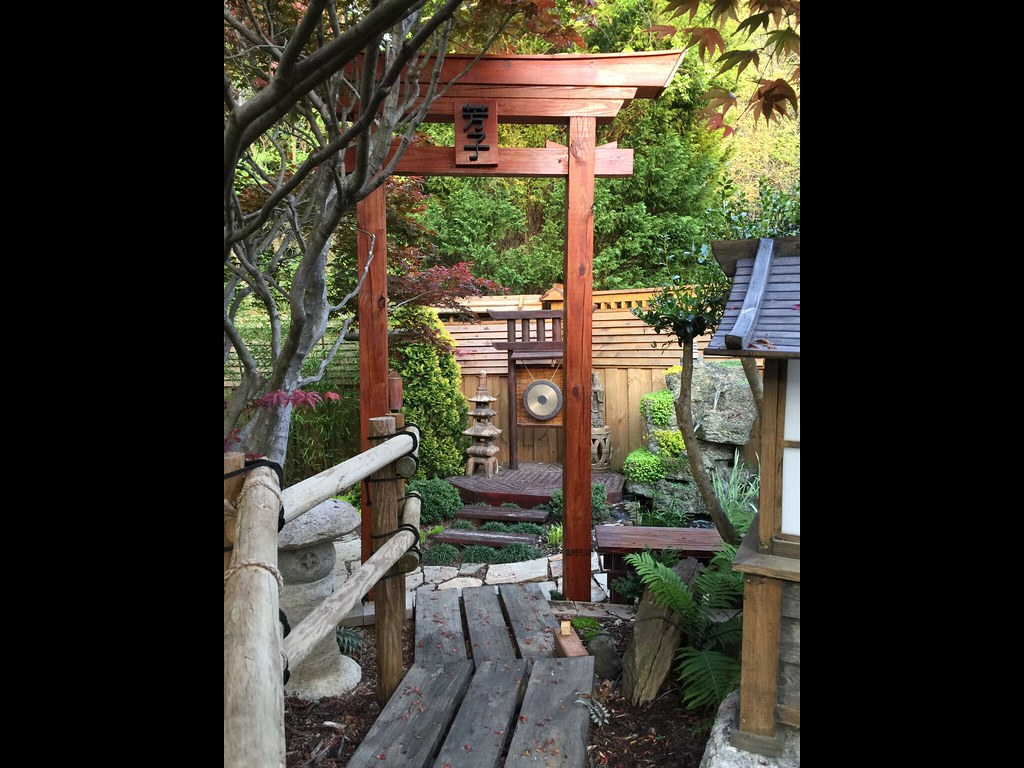 The world 39 s best photos by my diy garden flickr hive mind for Make a japanese garden gate