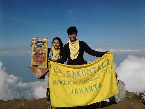 "Pengembaraan Sakuntala ank 26 Merbabu & Merapi 2014 • <a style=""font-size:0.8em;"" href=""http://www.flickr.com/photos/24767572@N00/27094543951/"" target=""_blank"">View on Flickr</a>"