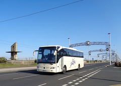 BN11UFL Alfa 62 on the move on Blackpool South Promenade (j.a.sanderson) Tags: mercedes benz coach south move promenade alfa blackpool 62 coaches tourismo bn11ufl