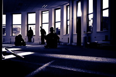Urban gathering (glukorizon) Tags: light shadow window monochrome four licht hall hal schaduw remake zelfportret vier raam selfie odc monochroom filmnoirstyle vabi odc2 ourdailychallenge dooveragain