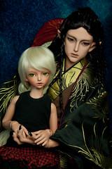 Family time (Bazangi) Tags: red color bronze doll dune tan mini super sd tiny bjd dollfie soom teeny tanning abjd gem chrom yosd trachy