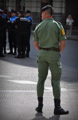 army military police spanish español ejercito parachutist