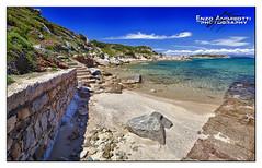 Spiaggia ai Monti d'Arena (arch.Enzo Andreotti) Tags: sardegna la italia mare maddalena paesaggi spiaggia paesaggio monti spiagge darena