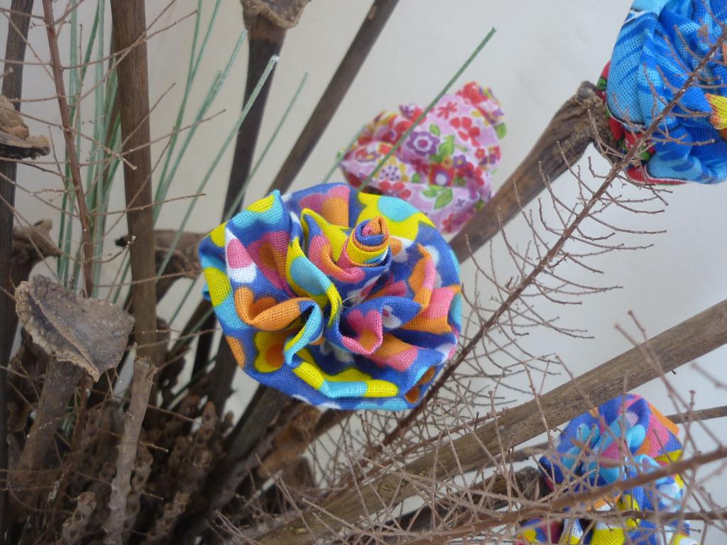 Flores de chita (Artecologica) Tags: arte artesanato reciclagem chita  #2960A2 1024x768