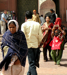 At the mosque entrance (bokage) Tags: woman india delhi muslim islam mosque jamamasjid olddelhi bokage