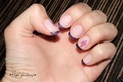 • Inglesinha e Flor • (Kah Tavares) Tags: flor unhas bolinha unha florzinha lacinho francesinha decorada unhasdecorada