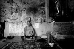 (Patrik Hermansson) Tags: burma monk myanmar mon mawlamyine