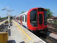 Train 029 at Northwick Park (Sparkyscrum) Tags: metropolitanline tfl s8 astock sstock metropolitainline