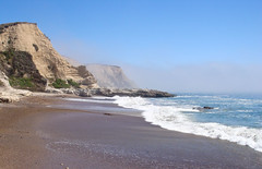 Clearing Fog (channel locks) Tags: california cliff beach fog sand pacific wave clearing ptreyes limantourbeach