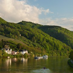 A Cargo Vessel on the romantic Moselle River (Bn) Tags: blue sky mountain castle river germany geotagged deutschland boat spring topf50 ruins day wine cloudy hiking vessel cargo vineyards valley vista rowing athletes viewpoint crusing allemagne duitsland mosel kasteel rheinlandpfalz slopes moselle bernkastel landshut burgruine bernkastelkues kues moezel chteaufort burglandshut 50faves hhenburg rijnlandpalts geo:lon=7072535 geo:lat=49915461