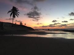 Beach Day in Paracuru - Maio/2016 (lilisr) Tags: brazil beach girl brasil ceara bicho praias grilo paracuru wayuu gopro