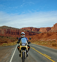 Holidays in the United States. (driver Photographer) Tags: honda ktm triumph motorcycle yamaha driver suzuki daytona ducati motoguzzi kawasaki leathers buell aprilia simson cagiva husqvarna dainese bmv