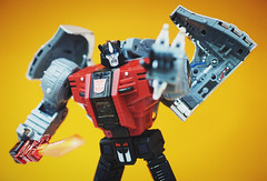 Fans Toys Stomp (Fuss Free McGee) Tags: vintage toy toys robot tv dinosaur transformer cartoon retro robots transformers 80s figure stomp cartoons sludge sever dinosaurs swoop autobot snarl soar masterpiece autobots scoria 80stv fanstoys irondibots irondibot