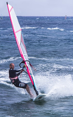 Costa Teguise Wind Surfer (Jackie XLY) Tags: wind windy windsurfers surfers surfing windsurfing sport lanzarote teguise costateguise sansbeachresort