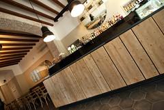 _DSC1216 (fdpdesign) Tags: arredamenti shop design shopdesign nikon d800 milano italy arrdo italia 2016 legno wood ferro sedie tavoli locali cocktails bar interni architettura