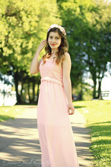 Light (damariseliana_photography) Tags: life pink light portrait people woman brown love nature girl beauty photography eyes photoshoot natural girly live lifestyle eyebrow