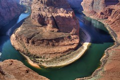 Horseshoe Bend (Iveta) Tags: usa canon coloradoriver hdr horseshoebend eos450d