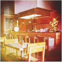 gaijin (beryl) Tags: texture kitchen square restaurant downtown chairs sandiego gaslamp tables squarecrop openkitchen nikond90 lesbrumes gaijinnoodlesakehouse