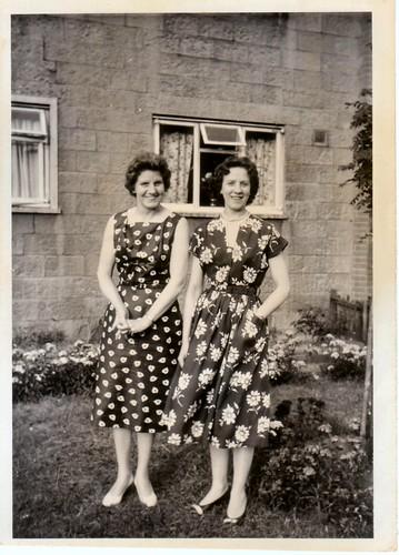 Susan &  Netti Frost. Shetleston. 1950