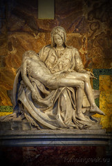 "Pietà - Michelangelo • <a style=""font-size:0.8em;"" href=""http://www.flickr.com/photos/89679026@N00/7186658922/"" target=""_blank"">View on Flickr</a>"