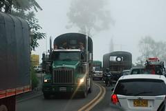 Calarcá - Alto de la Línea (52) (Buses y camiones de Colombia / Bus and trucks of C) Tags: road ruta colombia strada traffic carretera route estrada rodovia pereira tránsito autovia tráfego quindío trancón